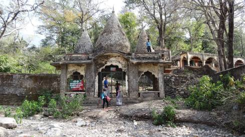 This is the entrance to the ashram.  Like I said, it's abandoned, but for a small fee you can get in with the guy who has the key to the lock on the gate.  It's his lock, by the way.